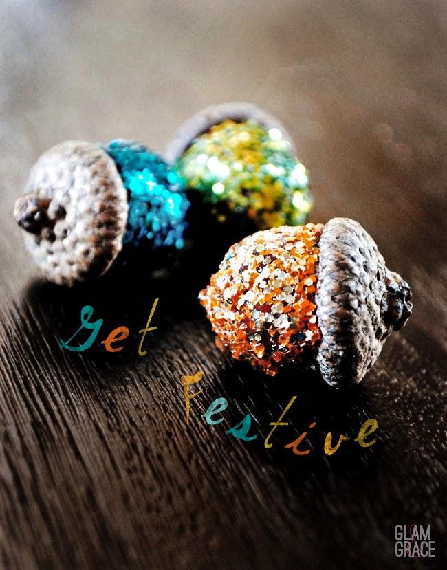 DIY holiday decorations glitter acorns
