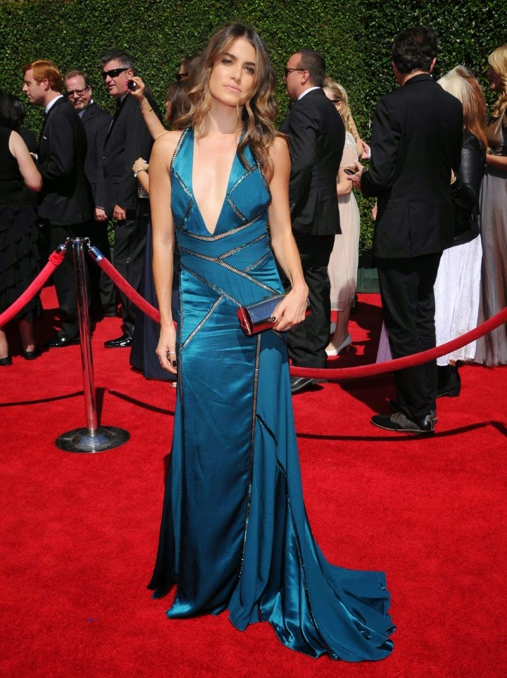 Nikki Reed in a plunging Versace gown at the 2014 Creative Arts Emmy Awards
