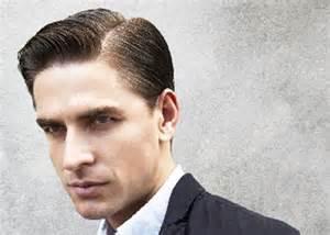 Potongan rambut pria sekarang moderate quiff