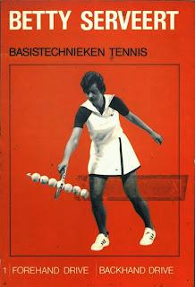 Oorsprong Bettie Serveert bandnaam - Betty serveert insctructieboekje