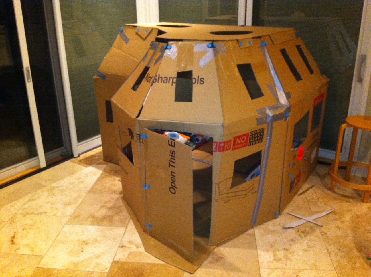 claire creates cardboard playhouse v2 0. Black Bedroom Furniture Sets. Home Design Ideas