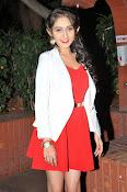 Tanya Sharma glam pics-thumbnail-15