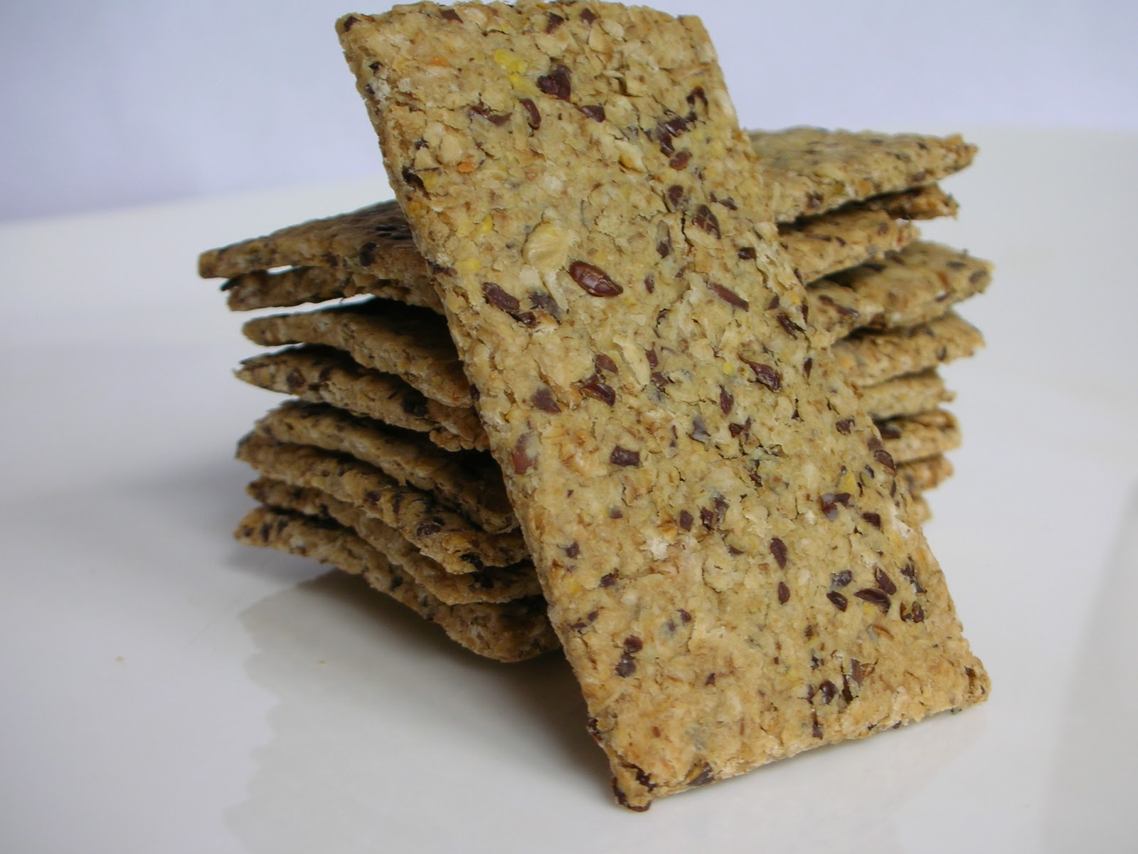 Flaxseed Oatmeal Crackers