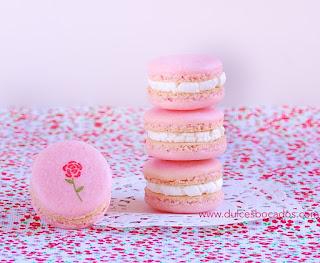 http://2.bp.blogspot.com/-ENNUaPuWz9U/USzIeAtF5_I/AAAAAAAAIVw/VV7fgMiZbss/s640/macarons+rosas+mascarpone.jpg