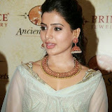 94672-samantha-at-prince-jewellery-exhibition-13