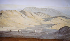 Woestijn met koningsgraven