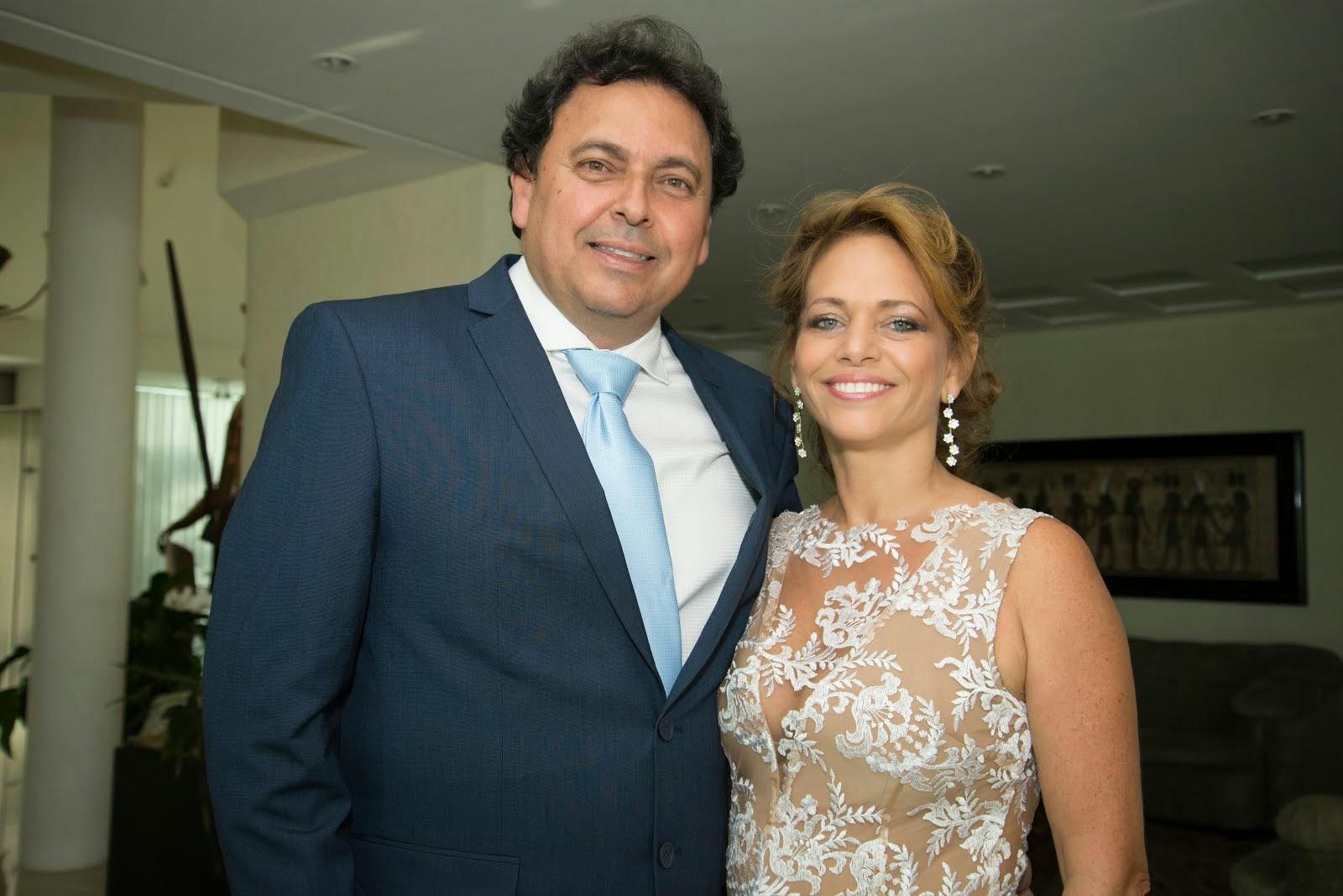 Renato Russeff e Lívia Casanova