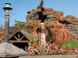 Disneyland Rides Splash Mountain