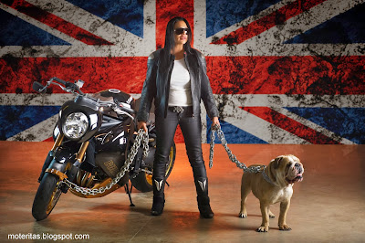 Vliner-chica-moto-Triumph-Speed-Tripple-Bulldog-wallpaper-gratis