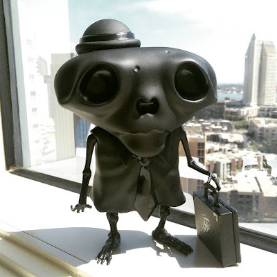 "San Diego Comic-Con 2015 Exclusive ""Black Death"" Karoshi San Vinyl Figure by Andrew Bell"