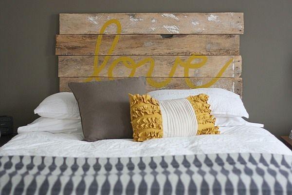 Cabecero de cama con palet
