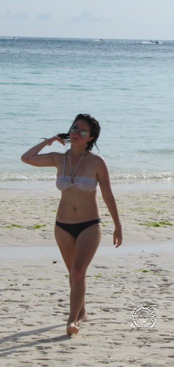 andi eigenmann sexy beach bikini 04