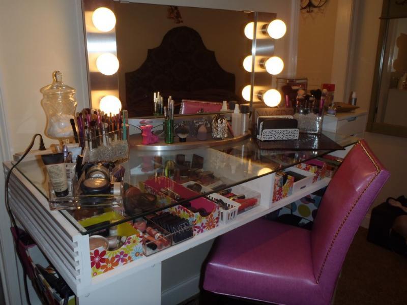Gallery For Diy Makeup Vanity Lights