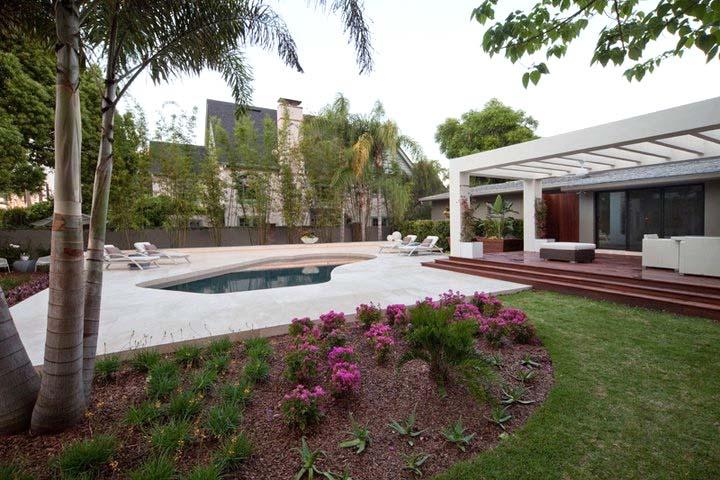 The Miwa House An Award Winning Custom Home By Phil Kean