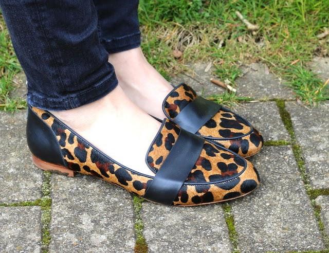 slipper léopard, sezane, slippers, léopard