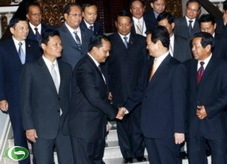 Thủ tướng Nguyễn Tấn Dũng tiếp Trưởng đoàn An ninh các nước ASEAN. (Ảnh: Đức Tám)