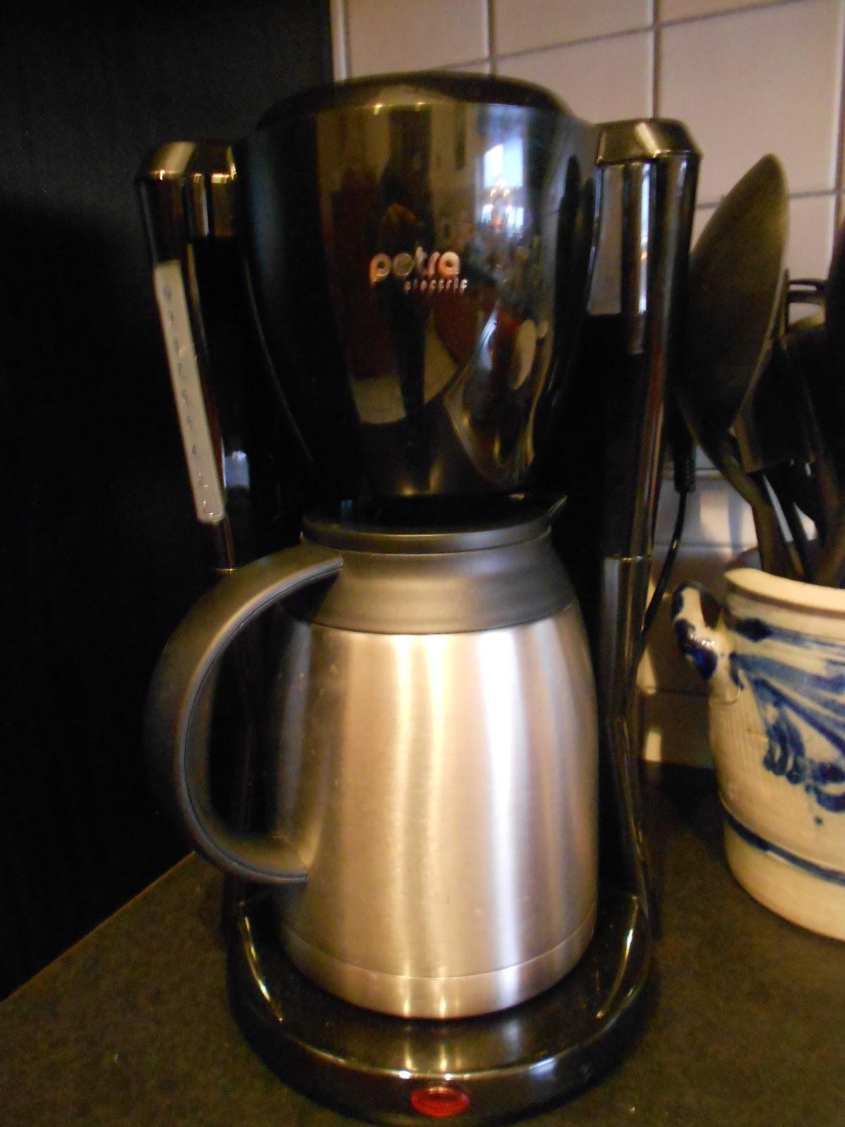My Junk Your Treasure: 220 Volt kitchen appliances