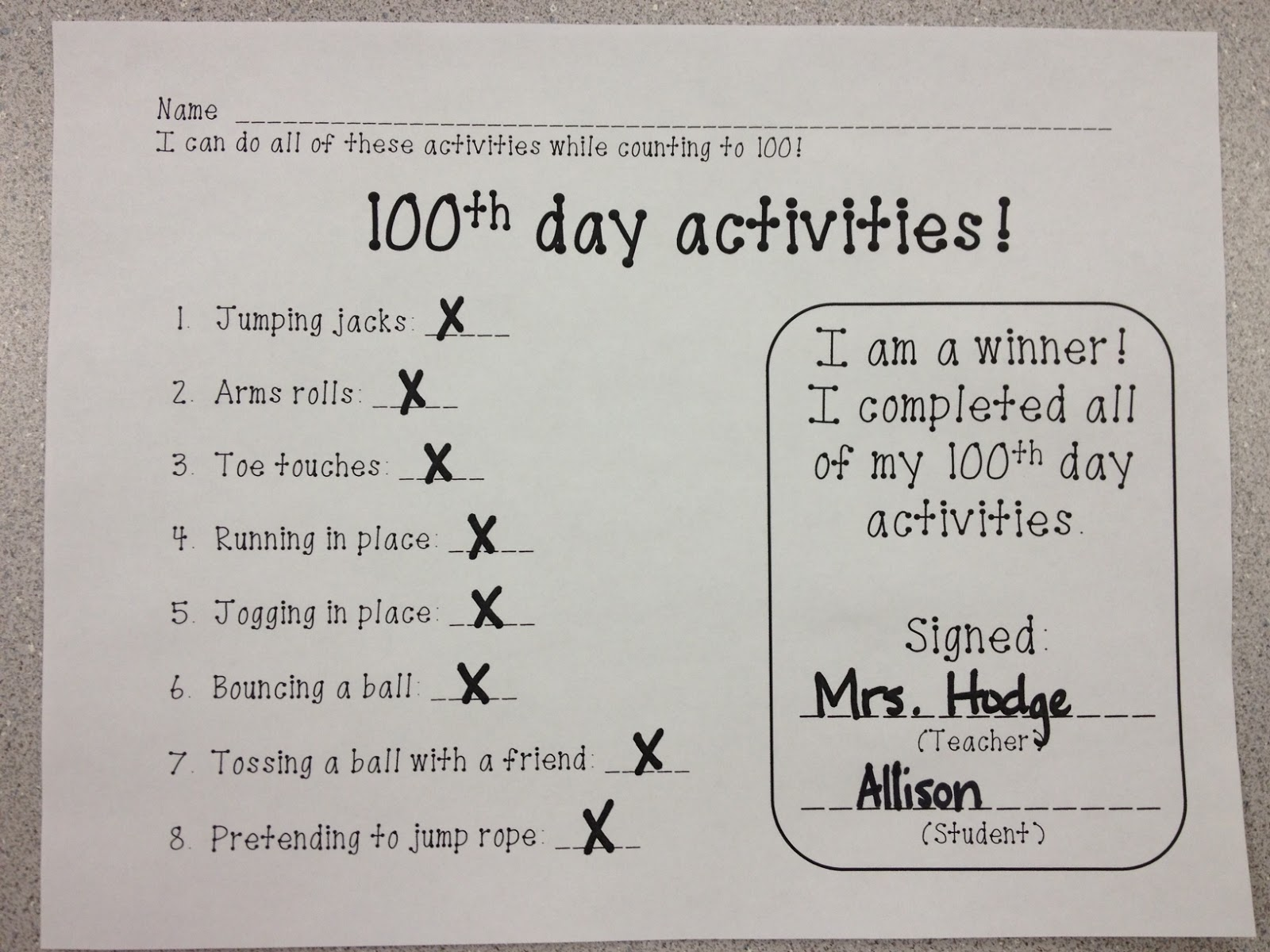 mrs hodge and her kindergarten kids our 100th day celebration