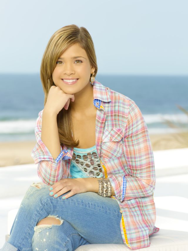 Download this Chelsea Staub Nicole Anderson picture