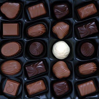 Jika berminat nak belajar buat coklat sendiri, apa kata anda tanya