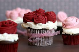 Todos los dias!!! cupcakes varios sabores, galletas, tartas y cake pops