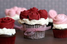 Todos los dias!!! cupcakes varios sabores, galletas, tartas y cake pops