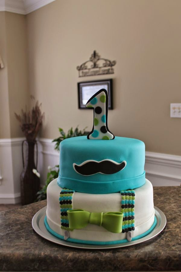 Cómo Celebrar un Cumpleaños de 1 año