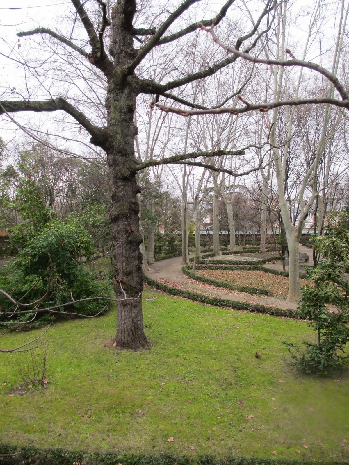 Maneti lugares que disfrutar parque del capricho o jardin for Jardin historico el capricho paseo alameda de osuna 25