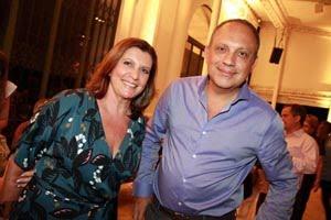 Ana Carmen Longobardi e Arthur Casas.