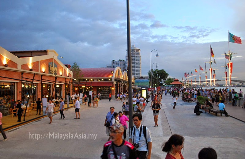 Asiatique Riverside Bangkok