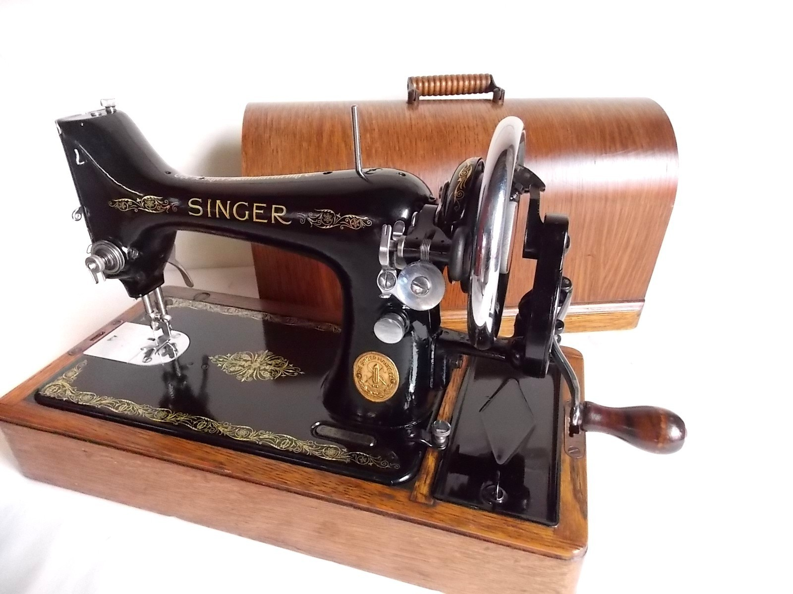 blog to express my mother 39 s singer sewing machine. Black Bedroom Furniture Sets. Home Design Ideas