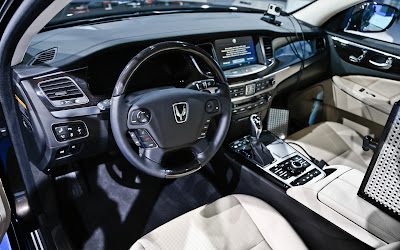 2014 Hyundai Equus Sedan Interior