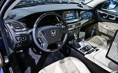 2014 Hyundai Equus Sedan Interior