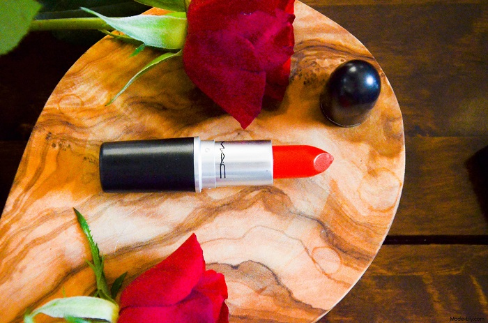 Review: Red Lips by MAC Lady Danger Lipstick