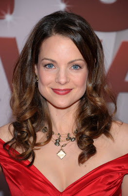 Kimberly Williams-Paisley Long Curls Lookbook