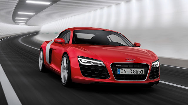 2013 Audi R8 Motion Red Front Angle HD Wallpaper