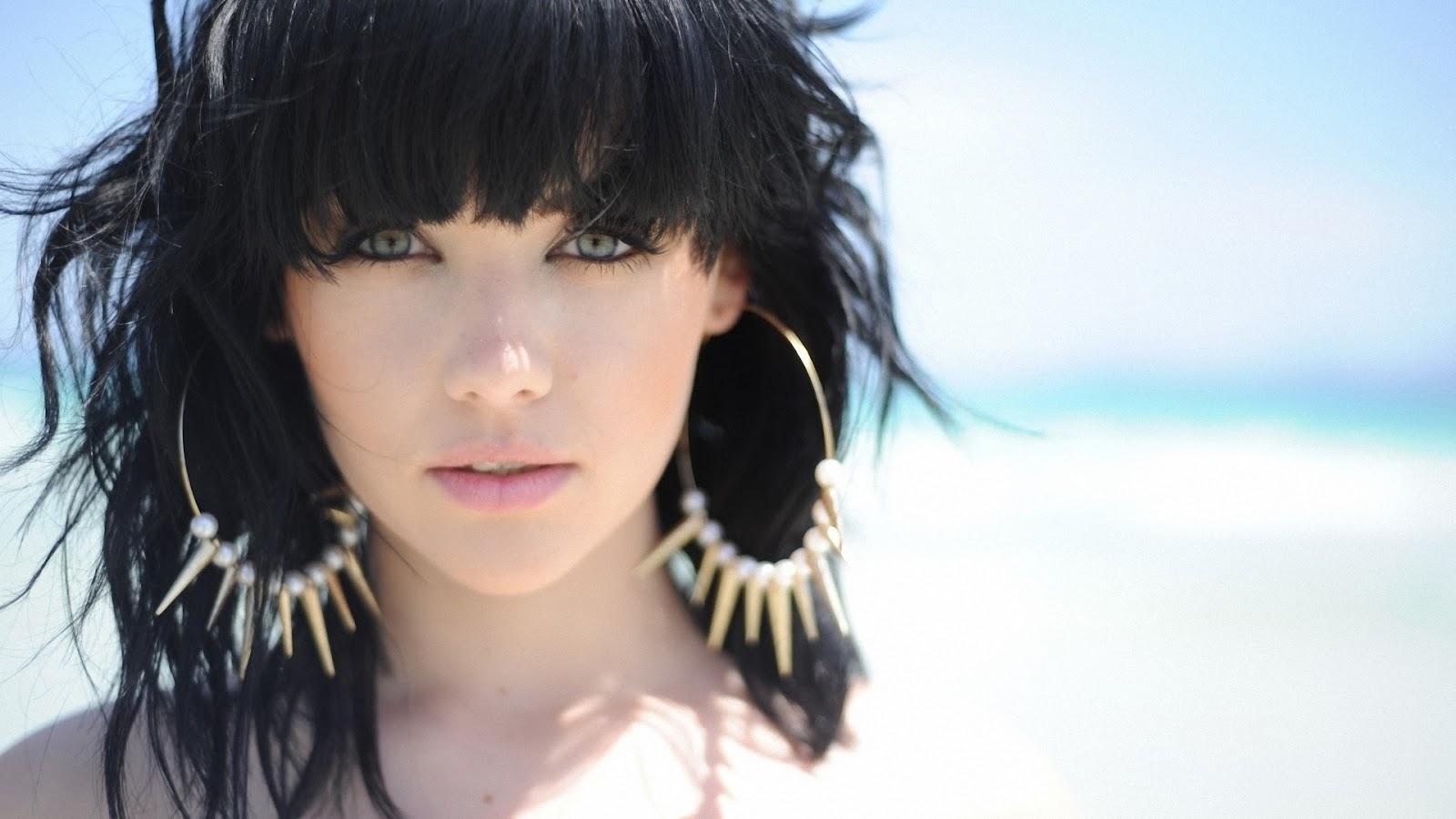 Selita ebanks short hair