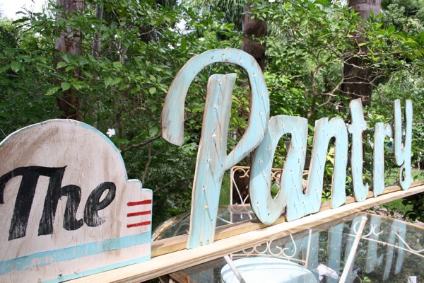 How to make a lighted sign