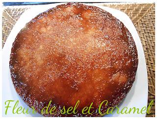Gâteau fondant caramélisé aux pommes