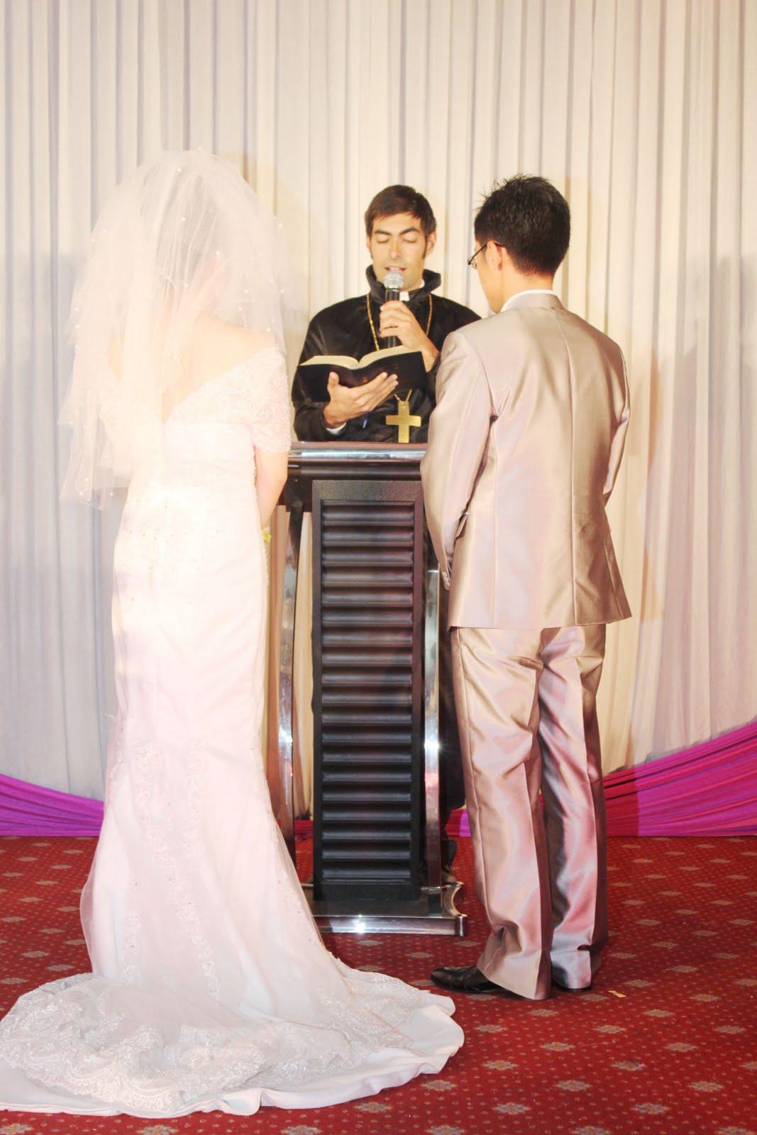 Parecía que no se iban a casar nunca.
