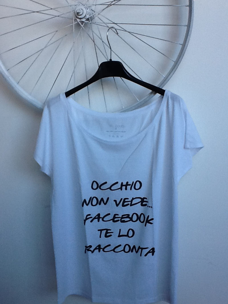 t-shirt, pokemaoke, ballerine pokemaoke, scritte chloè, coco dè, facebook fashion, graphic tee, poisit, fashion blog, fashion blogger, outfit blog, amanda marzolini