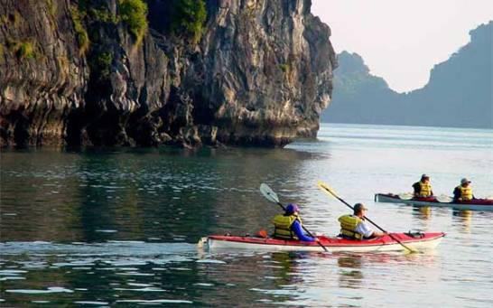 Kayak - Dragon Pearl Cruise