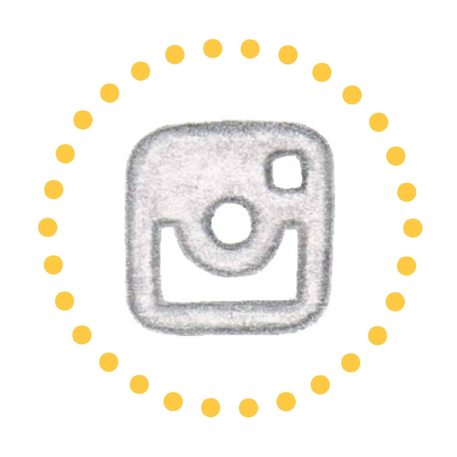 http://instagram.com/lulucbb/