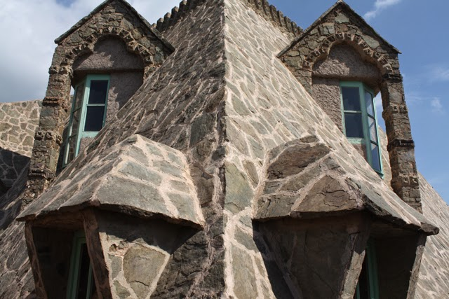 smok Antoni Gaudi