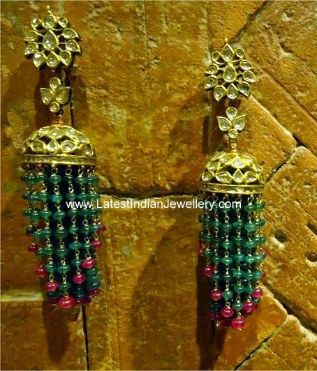 jadau gold jhumka earrings