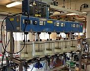 Figuur 2.1 Bekerglasapparaat. Bron: Vervolgonderzoek A-trap: bouwstenen voor het A-trap procesontwerp. pag. 13