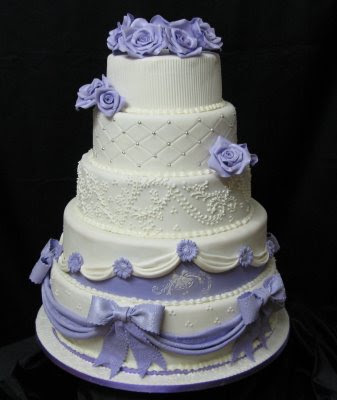 does walmart make wedding cakes