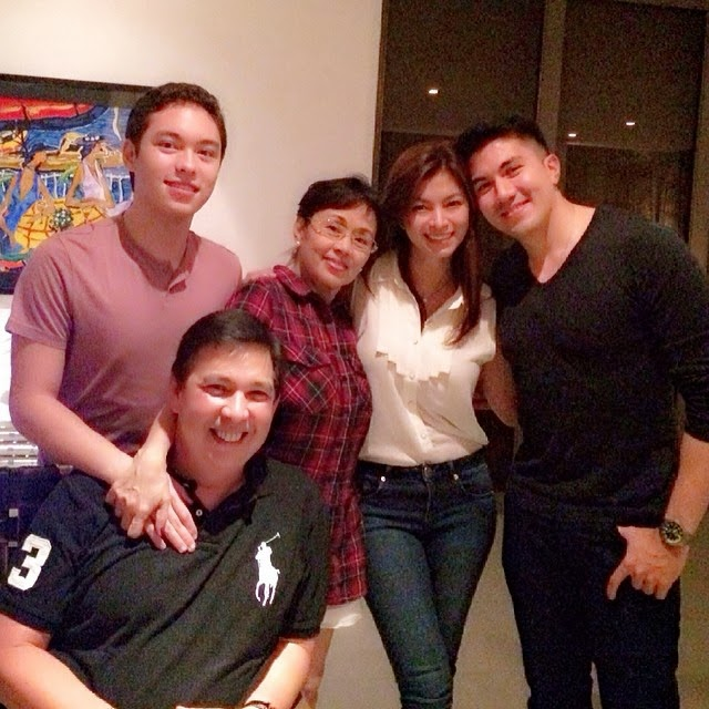 Angel Locsin with Luis Manzano's family