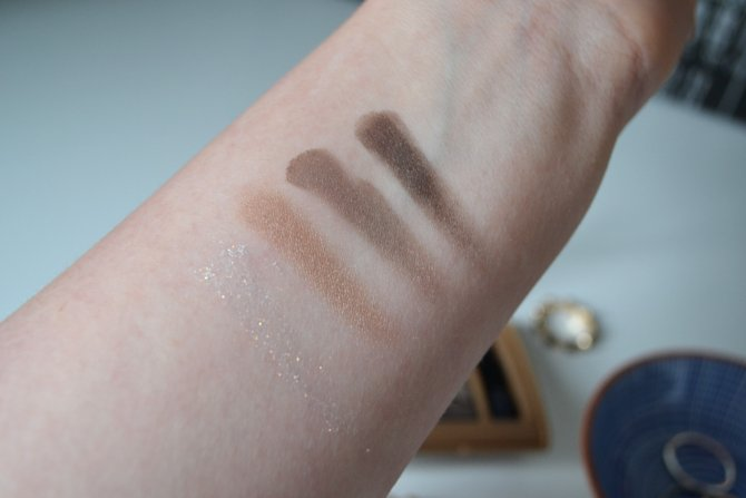 Bourjois Quad Smoky Stories in Upside Brown
