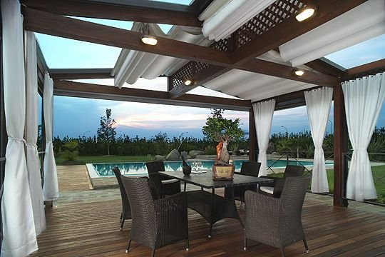 Backyard Awning Design : Patio Retractable Awnings Patio Retractable Awnings Elegant Designs